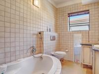 Bathroom 1 - 8 square meters of property in Boardwalk Manor Estate