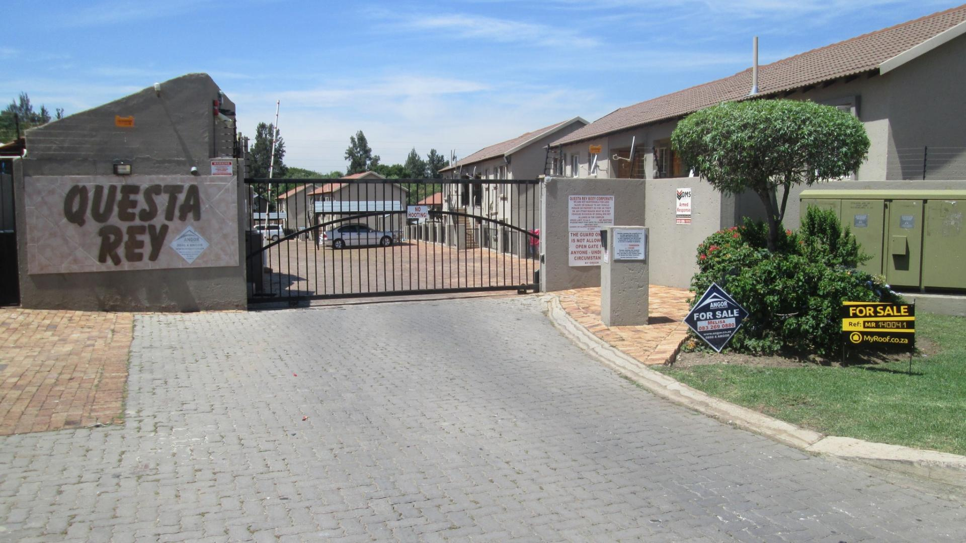 Front View of property in Wilgeheuwel