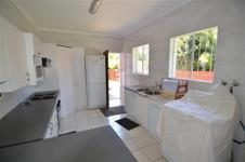 Kitchen - 14 square meters of property in Atlasville