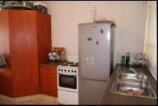 Kitchen - 24 square meters of property in Montclair (Dbn)