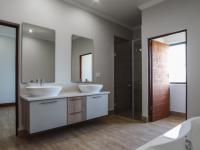 Bathroom 2 - 21 square meters of property in Silver Lakes Golf Estate
