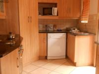 Kitchen - 23 square meters of property in Theresapark