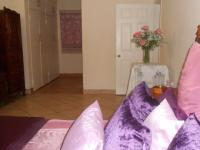 Main Bedroom - 28 square meters of property in Theresapark