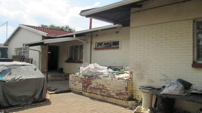 Absa Bank Trust Property House for Sale For Sale in Boksburg - MR140094