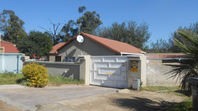 Standard Bank EasySell 3 Bedroom House for Sale For Sale in Ormonde - MR140104