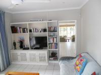 Lounges - 38 square meters of property in Atholl Heights