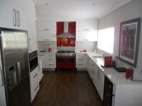 Kitchen - 24 square meters of property in Atholl Heights