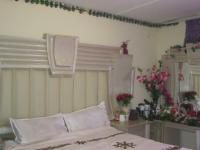 Main Bedroom - 14 square meters of property in Fourways
