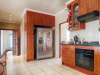 Kitchen - 13 square meters of property in Silverwoods Country Estate