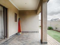 Patio - 31 square meters of property in Silverwoods Country Estate