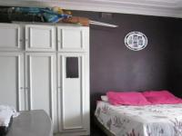 Bed Room 1 - 17 square meters of property in Newlands - JHB