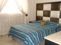 Bed Room 2 - 13 square meters of property in Eldoraigne