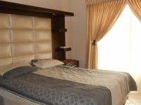 Main Bedroom - 19 square meters of property in Eldoraigne