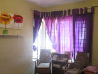 Bed Room 1 - 15 square meters of property in Bryanston