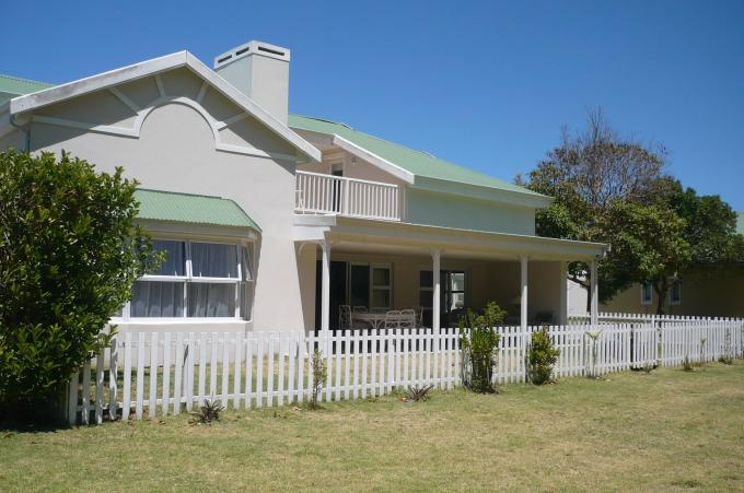 3 Bedroom House for Sale For Sale in Plettenberg Bay - Private Sale - MR140224