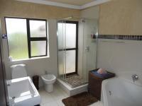 Main Bathroom - 10 square meters of property in Chelmsfordville
