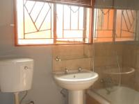 Bathroom 1 - 4 square meters of property in The Orchards