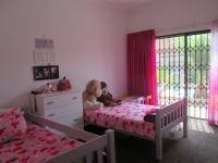 Bed Room 1 - 20 square meters of property in Dalpark