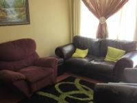 Lounges - 8 square meters of property in Blackheath