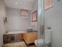 Bathroom 2 - 11 square meters of property in Silver Lakes Golf Estate