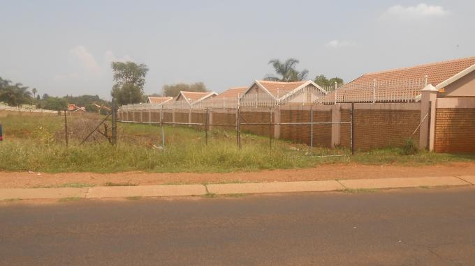 Development Land for Sale For Sale in Eldoraigne - Home Sell - MR140445