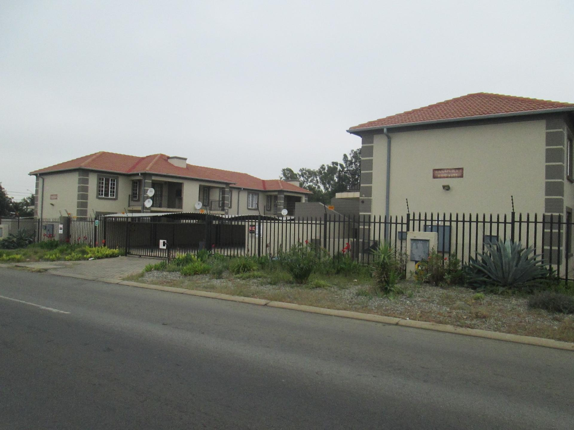 Front View of property in Springs