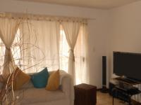 Lounges - 20 square meters of property in Erand Gardens