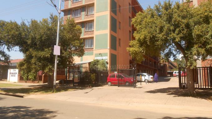 2 Bedroom Apartment for Sale For Sale in Pretoria West - Home Sell - MR140499