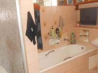 Main Bathroom - 7 square meters of property in Pretoria West