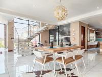 Dining Room - 23 square meters of property in Lombardy Estate