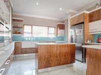 Kitchen - 26 square meters of property in Lombardy Estate