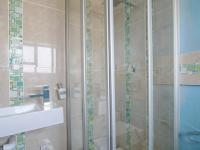 Bathroom 2 - 7 square meters of property in Lombardy Estate