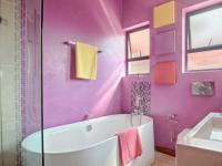 Bathroom 3+ - 6 square meters of property in Lombardy Estate