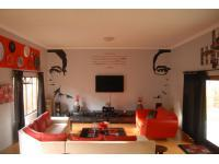 Lounges - 67 square meters of property in Middelburg - MP