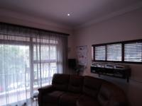 Bed Room 1 - 42 square meters of property in Bryanston