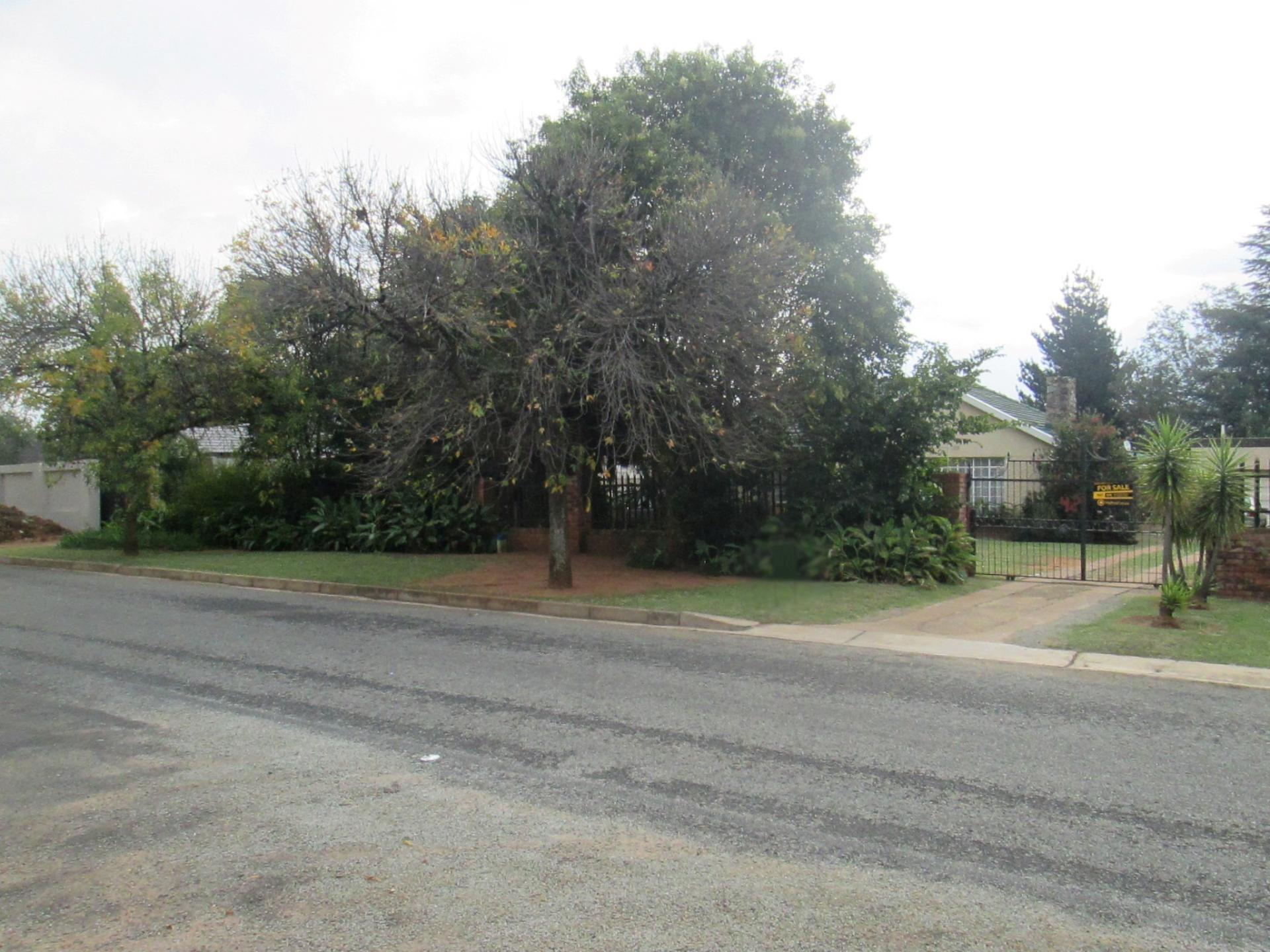 Front View of property in Rynfield