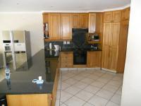Kitchen - 18 square meters of property in Shelly Beach