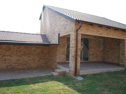 2 Bedroom Duplex for Sale For Sale in Amberfield - Home Sell - MR14068