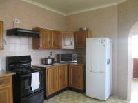 Kitchen - 17 square meters of property in Oakdene