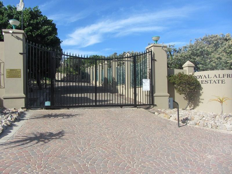 Land for Sale For Sale in Port Alfred - Home Sell - MR140739