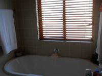 Bathroom 1 - 5 square meters of property in Willowbrook