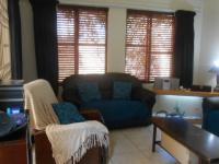 Lounges - 20 square meters of property in Willowbrook