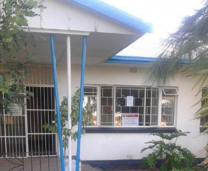 Standard Bank Repossessed 2 Bedroom House for Sale on online auction in Beaufort West - MR140764