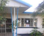 2 Bedroom 1 Bathroom House for Sale for sale in Beaufort West