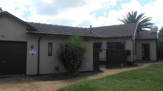 Standard Bank Insolvent 3 Bedroom House For Sale in Greenhills - MR140765