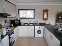 Kitchen - 25 square meters of property in Kloof