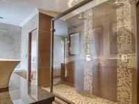 Main Bathroom - 16 square meters of property in Newmark Estate