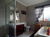Bathroom 1 - 8 square meters of property in Newmark Estate