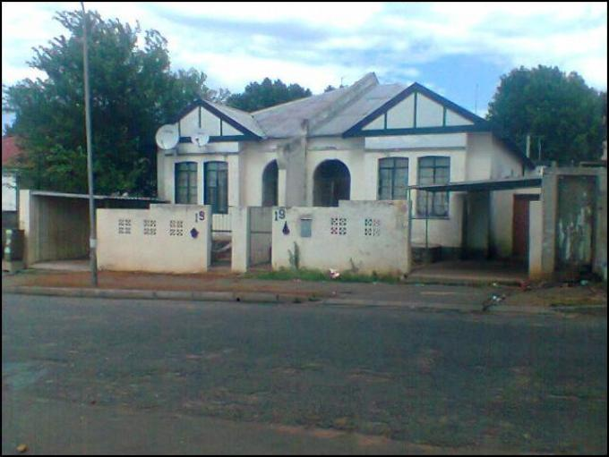3 Bedroom House for Sale For Sale in Jeppestown - Private Sale - MR140880