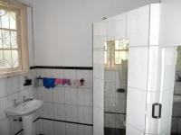 Bathroom 2 - 5 square meters of property in Austerville